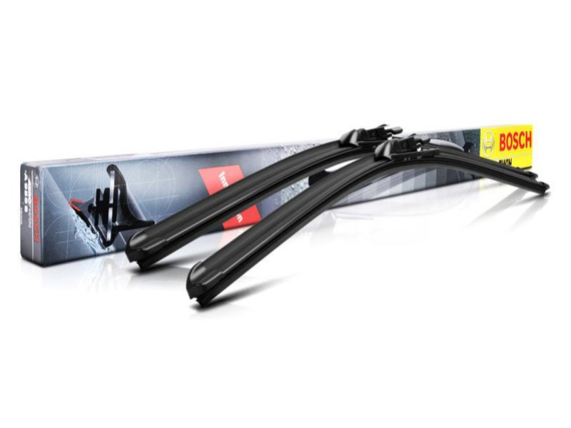 Комплект щеток стеклоочистителей BOSCH Aerotwin 550/550мм