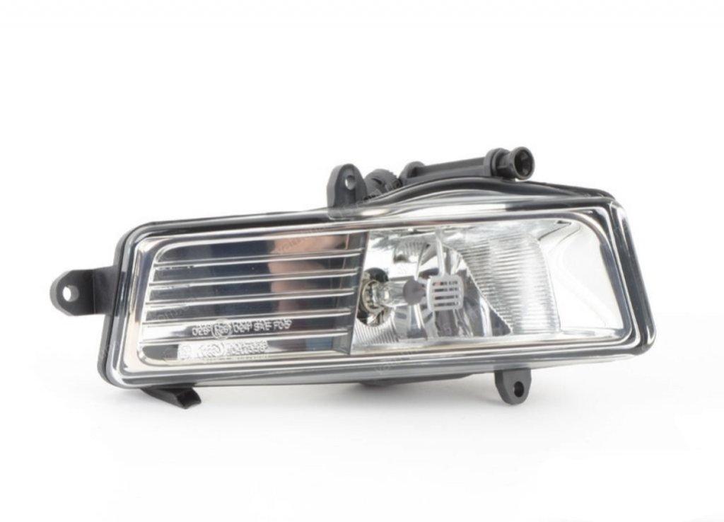 Противотуманная фара Audi A6 (4BC5) 2008-2010 правая сторона