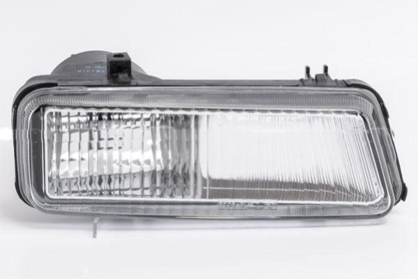 Противотуманная фара Citroen Jumpy/Peugeot Expert/Fiat Scudo 1994-2003 правая сторона