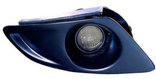 Противотуманная фара Mazda 6 2002-2006 правая сторона
